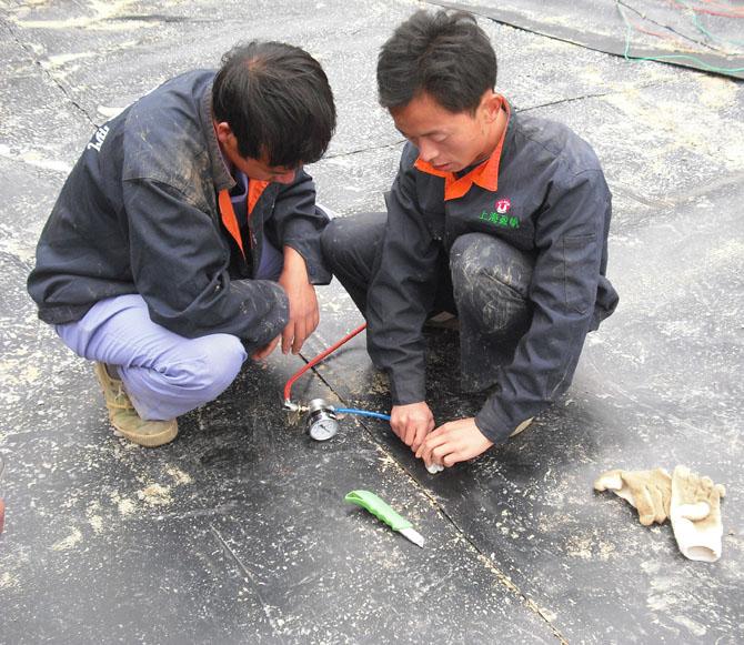 真空检测仪测试HDPE土工膜